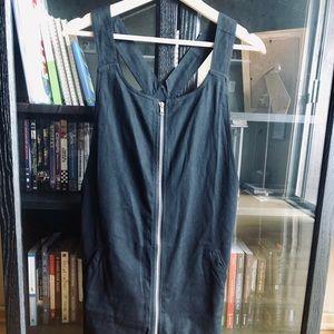 Shein black zip-up jumper — size Medium